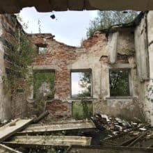 Budynki dawnej jednostki wojskowej Dąbrówka